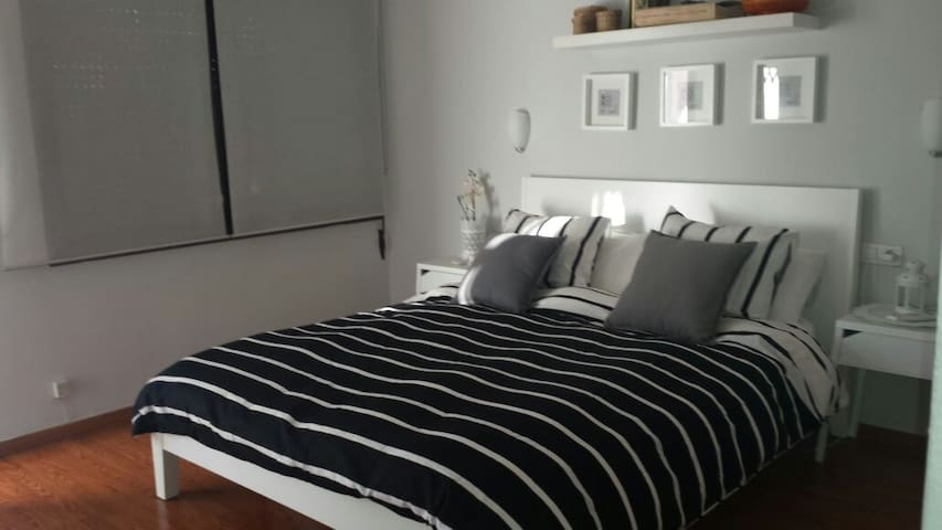 NICE ROOM FOR RENT IN IBIZA  40-85€ - Ibiza - Appartement