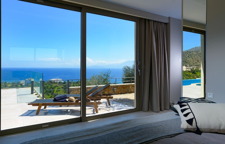 Sophia Luxury Villa with private pool