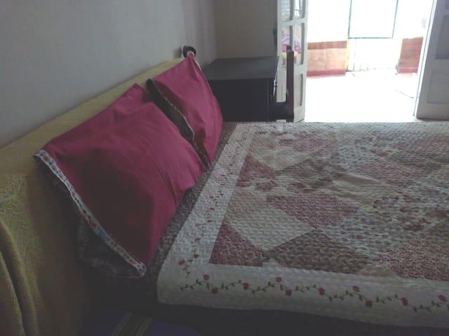 Amplia, luminosa habitación Alquilo en Tartagal