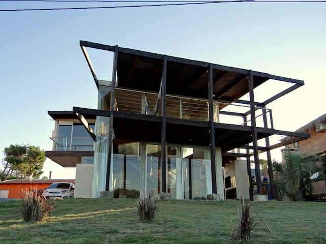 Beatiful house in Punta del Diablo - Punta del Diablo - Huis