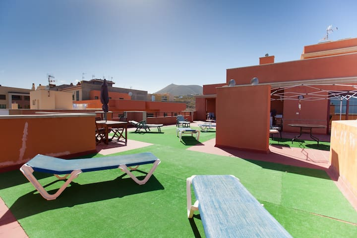 WONDERFUL HOLIDAY IN TENERIFE - San Isidro  - Condo