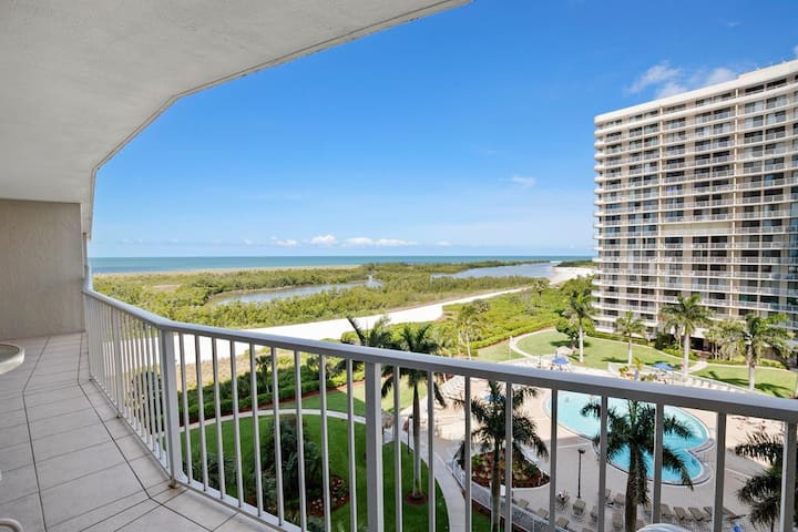 Comfortable beachfront unit in lovely gated Resort on the beach