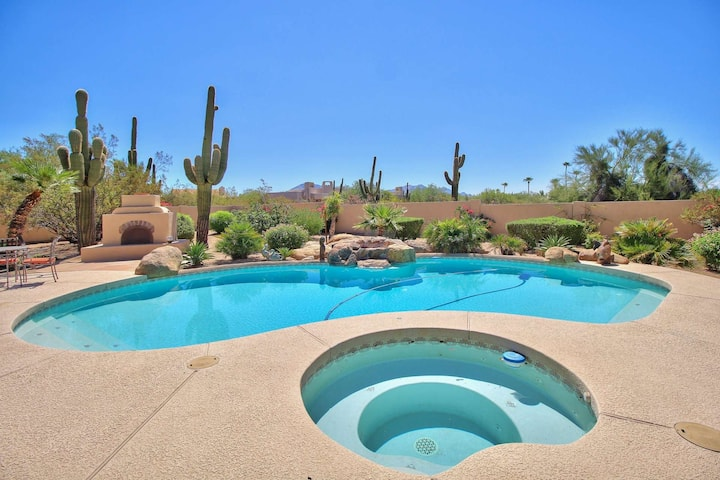 Heated Pool & Spa (NO Extra Fee) Office space and BBQ Close to Golf & Hiking+FREE GOLF & MORE!