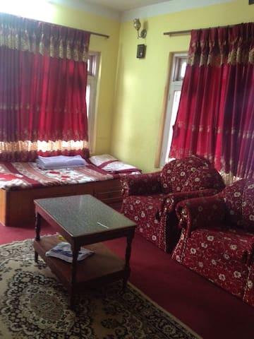 Ishu's Home stay service. Live the local life. - Kathmandu