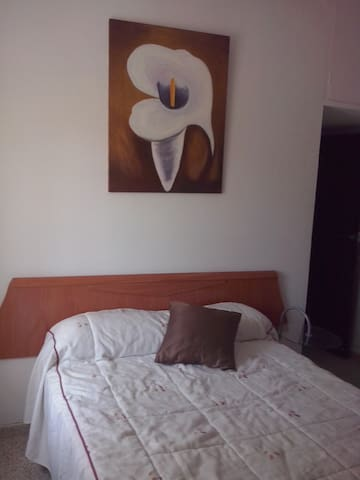 Alquilo habitación doble tranquila cerca de playa