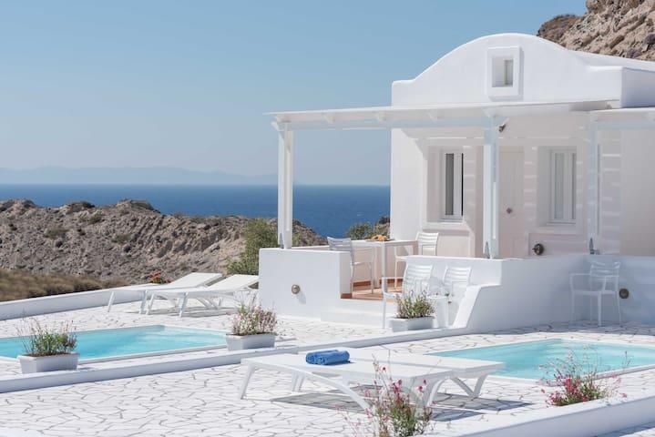 Superior Villa with Private Pool - Oia - Apartment