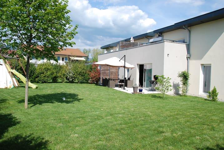 Très joli appartement 4 pièces en rez de jardin. - Reignier-Esery