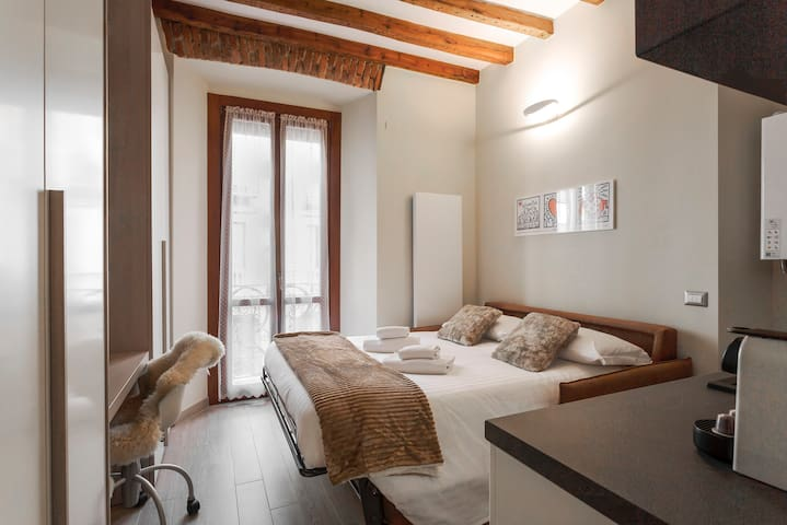 LOVE NEST SUITE IN PORTA VENEZIA