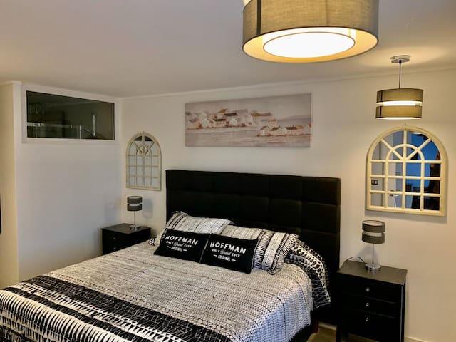 Dormitorio Principal c/Cama King