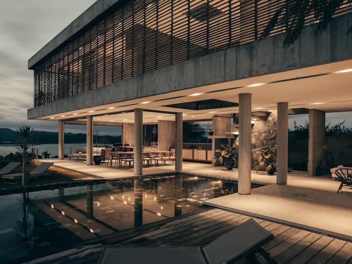 Villa Strata - luxury sea view villa