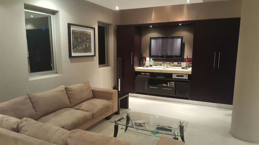 1603: The Franklin Luxury Penthouses - Apartments for Rent in ...