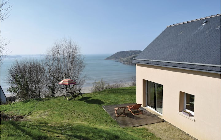 Awesome home in Saint Michel en Greve with WiFi and 3 Bedrooms