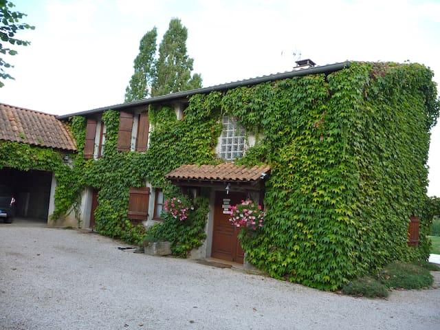 Antica casa di vignaioli - Tournus - House