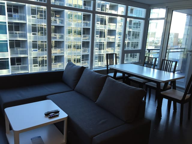 Brand New Luxury 1bedroom Condo - Richmond
