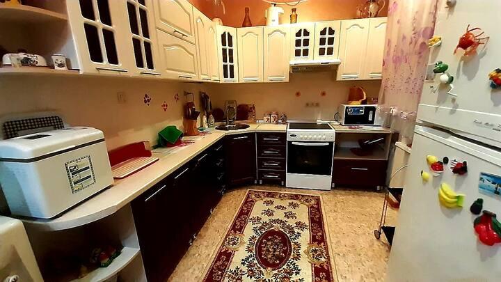 Просторная,уютная ,теплая и чистая квартирка!!!