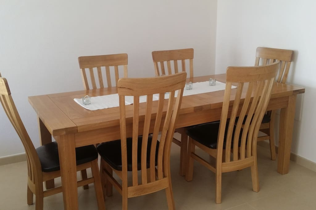 Dining area for 6. table can extend for 8