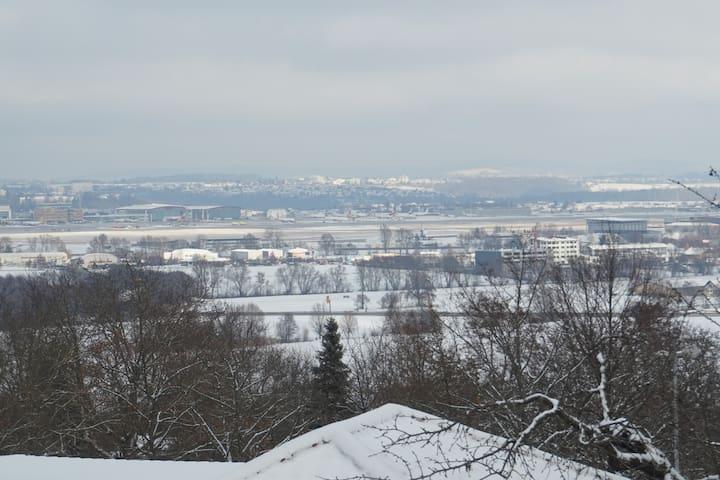 Ferienwohnung und Pension 5min zum Stgt Flughafen - Leinfelden-Echterdingen - Huoneisto
