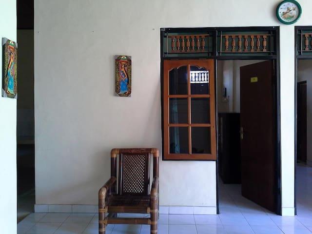 Cozy house in Gianyar Bali