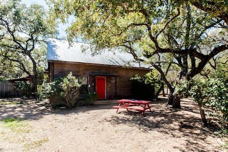 Kick Back Cabin- Country Townhome - Wimberley