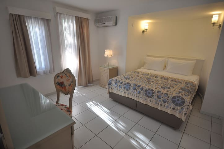 Suite room for 3 in Yalıkavak - Yalıkavak - Bed & Breakfast