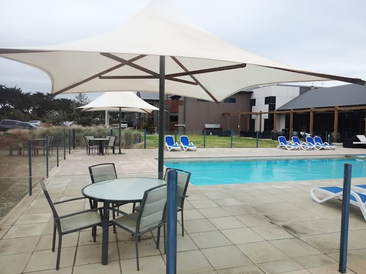 Barwon heads apartment
