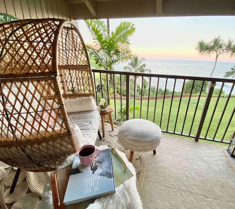 ~The Surfshack~ with breathtaking ocean views!!