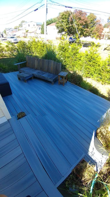side patio/deck