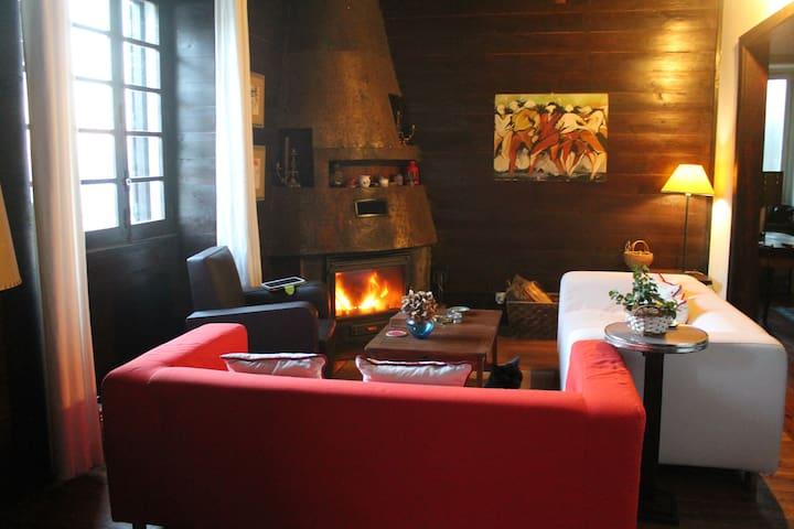 Casa na Encosta - Quarto Duplo - Covilhã - Bed & Breakfast