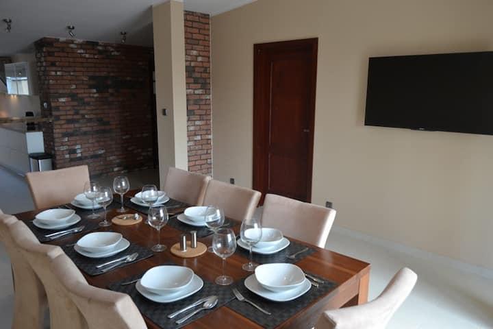 SG Penthouse Apartment