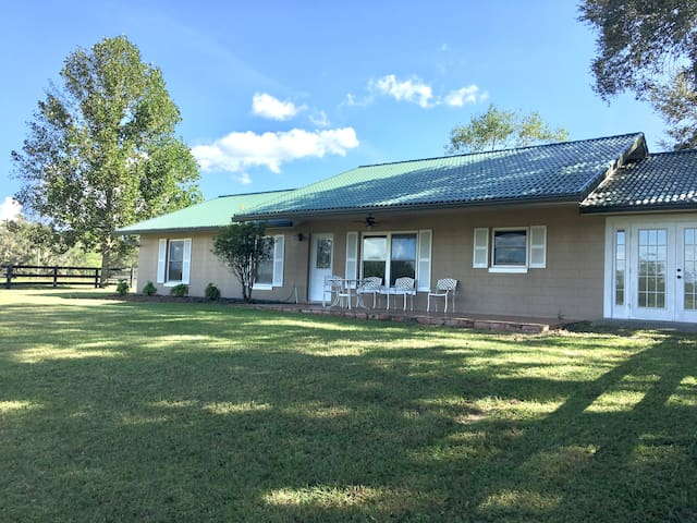 Horse Farm Guest House