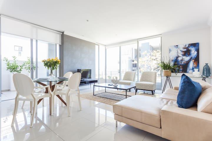 Modern luxury apartment Sea Point