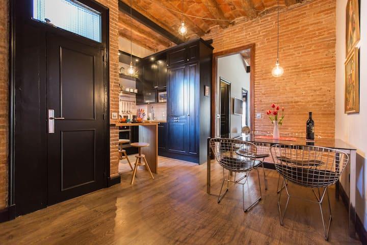 Dinning room - Open kitchen