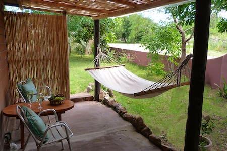 Cozy cottage in Pueblo Eden Ruta 12 - El Edén