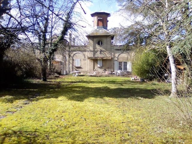 Prox. Metz - Appart 110m2 ds Maison du XVIII