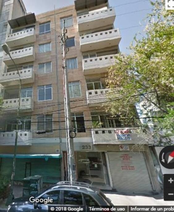 Apartamento céntrico en la Ciudad de México, a unas cuadras de Reforma y el corazón de la Colonia Condesa