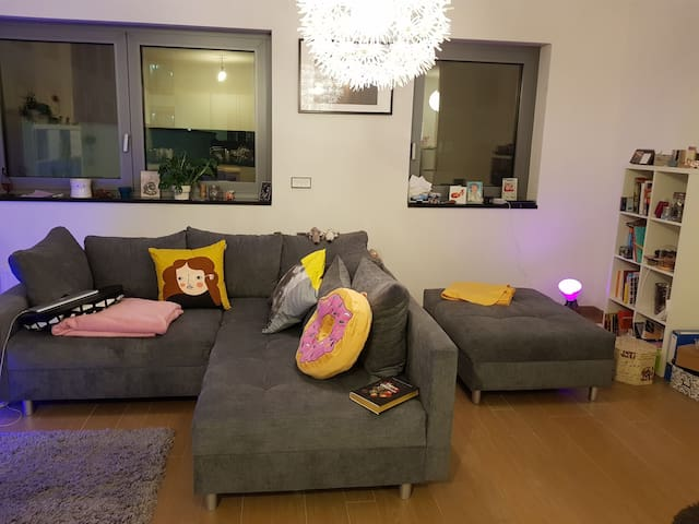 Stylish flat 3 minutes from the train station