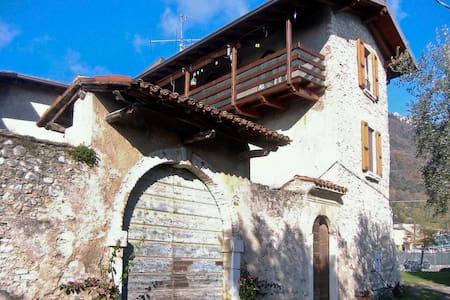 B&B Cà dei Casai -  Lake Garda