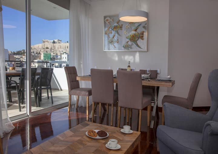 Elegant apt.with Panoramic view to Acropolis byGHH