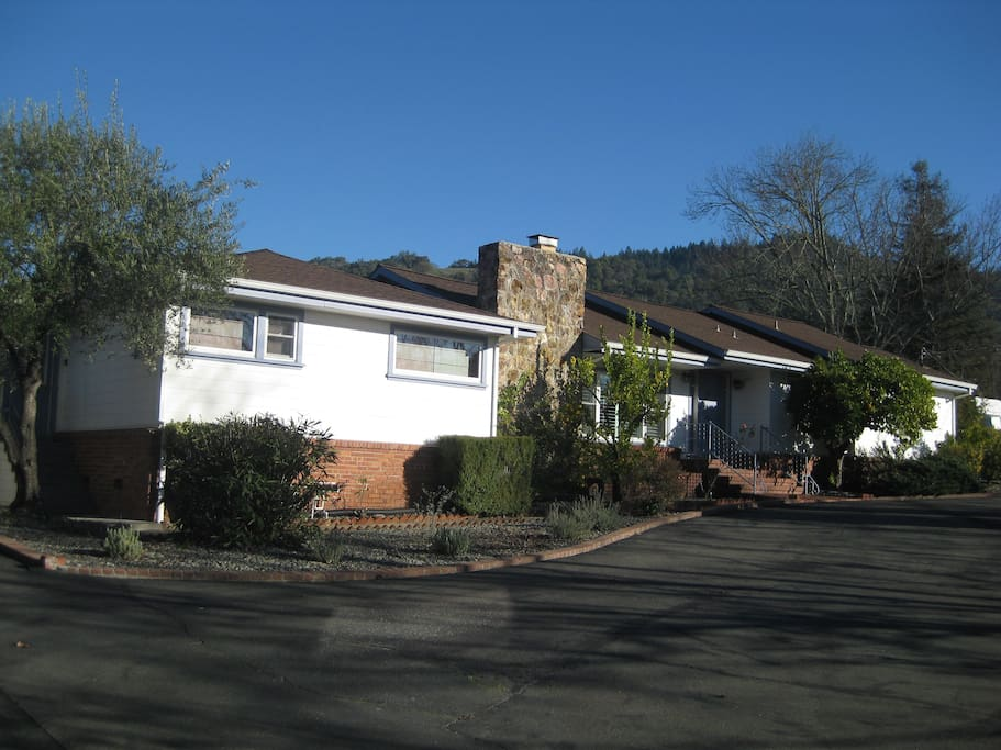 Casa Monte Verde from the front in winter time