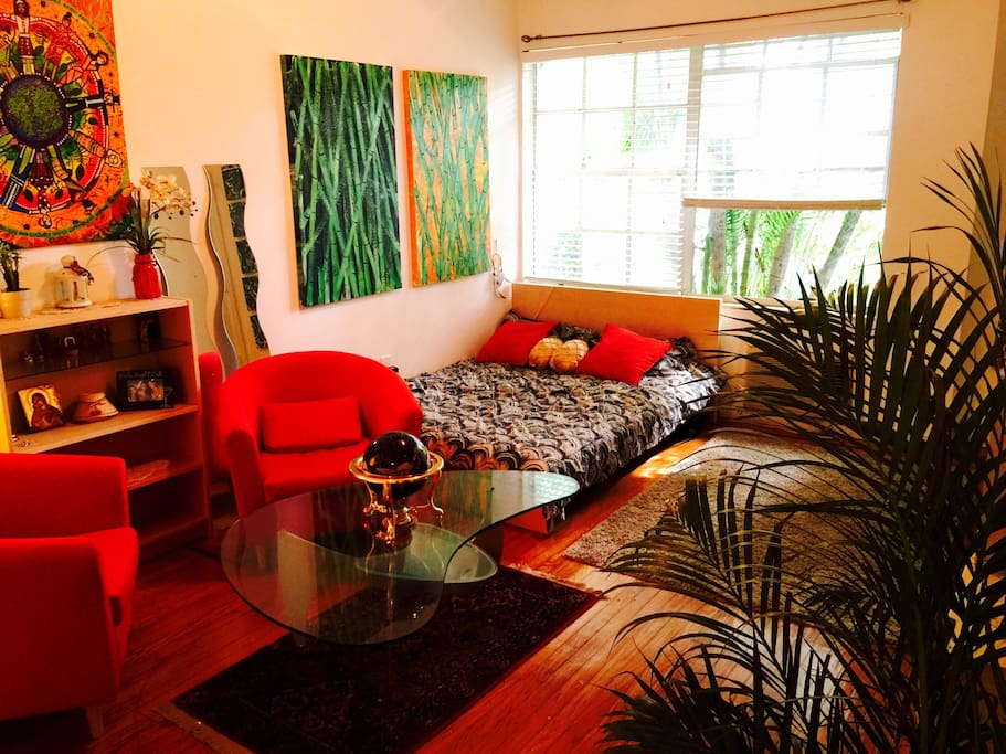 Artist Studio In The Heart Of Sobe Apartments For Rent In Miami Beach Florida United States