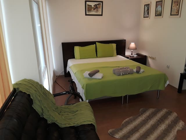 1 bedroom appartment in the heart of the city