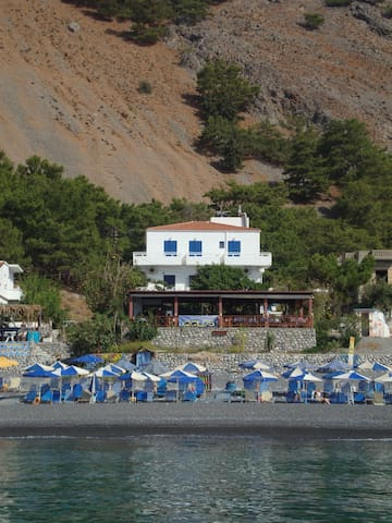 Gigilos sea view rooms,Agia Roumeli