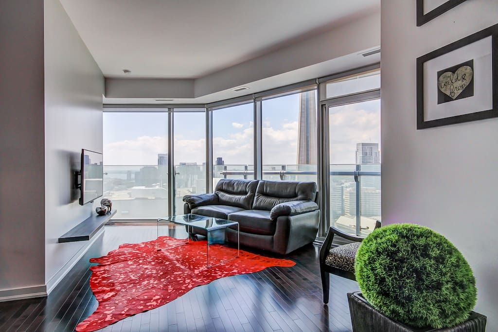 Luxurious 2 bedroom condo in the heart of the city - 2 bedroom apartments in toronto canada ...