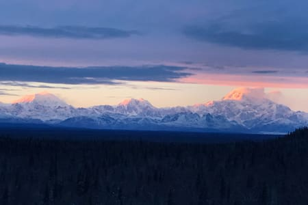 Denali View Mountaintop Guesthouse