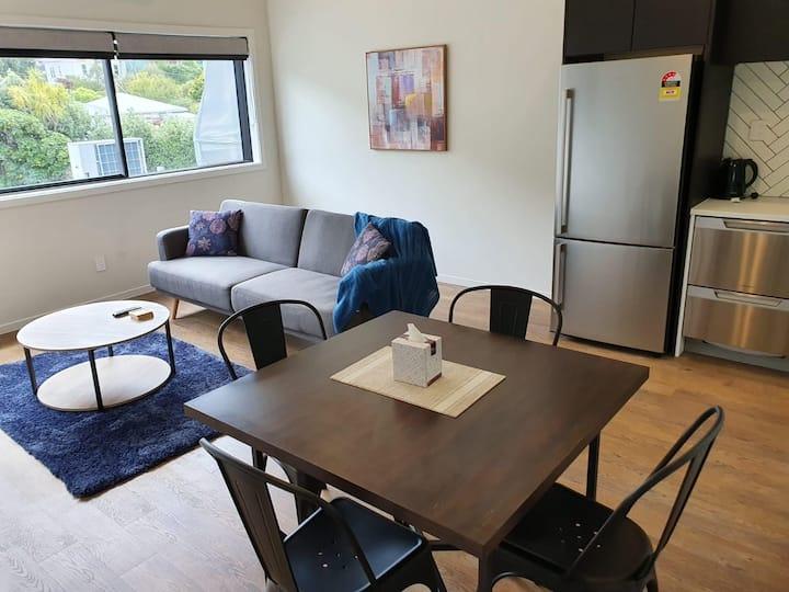 U Suites Kilbirnie: Apartment 3 - Queen