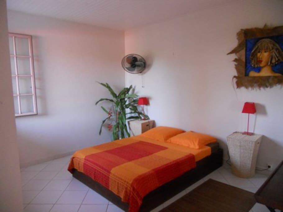 J 39 ai fait un r ve chambre orange chambres d 39 h tes louer saint joseph martinique martinique - Chambre d hotes orange ...