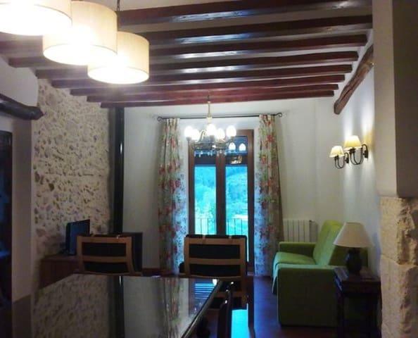 Casa 3 con buhardilla Alquería del Pilar 2-12 pers