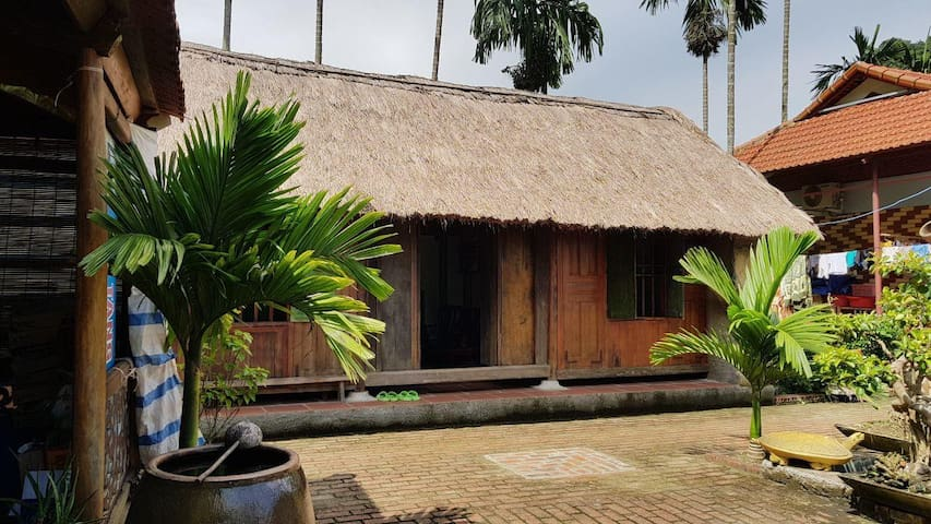 Wooden house of Lan homestay