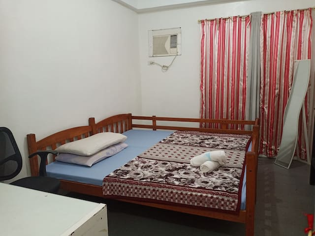 Happinest Homestay-affordable private Condo unit