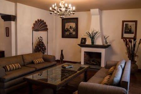 La Casa ideal para tu estancia. - San Miguel de Allende - Casa